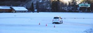Glisser et corriger..les bons geste en stage de conduite glace / circuit glace